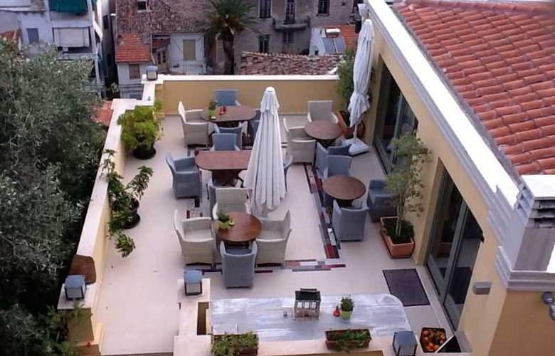 Amfitriti Palazzo Luxury Hotel - Terrace - 10