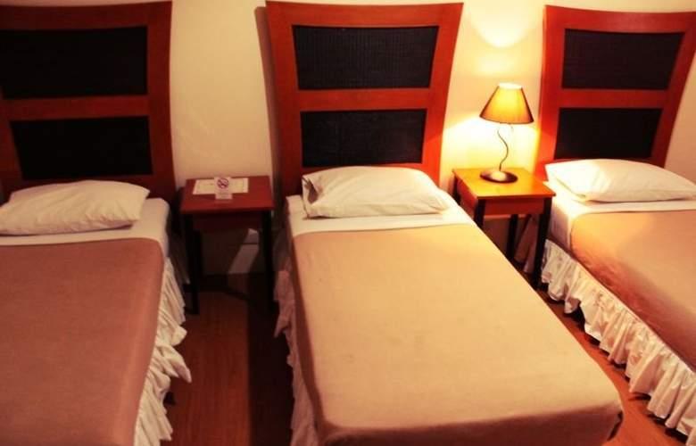 Creekside Amorsolo Hotel - Hotel - 7