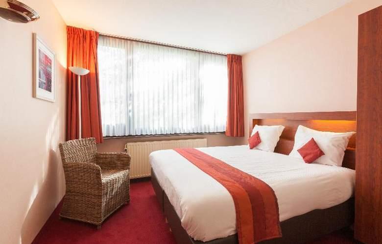 Olympia - Room - 15