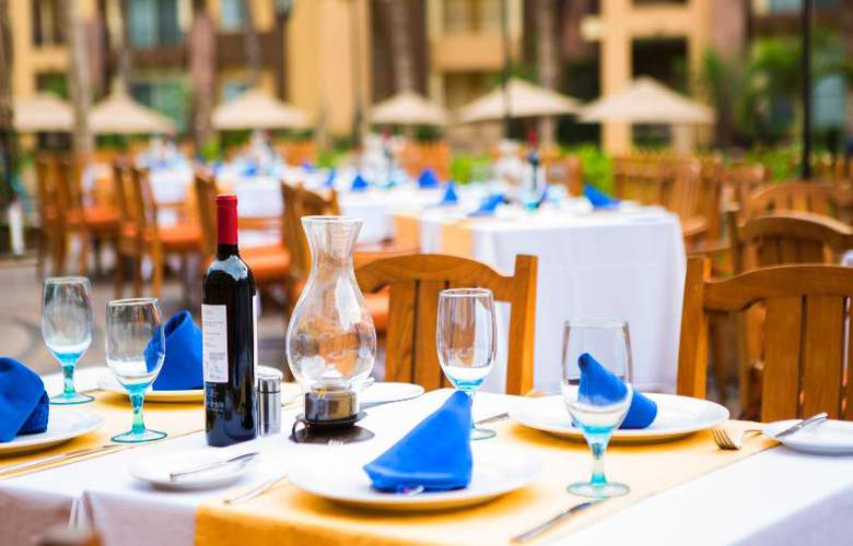 Villa del Arco Beach Resort and Grand Spa - Restaurant - 33