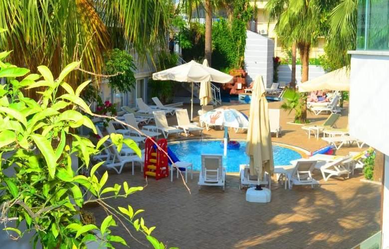 Sunbird Apart Hotel - Pool - 30