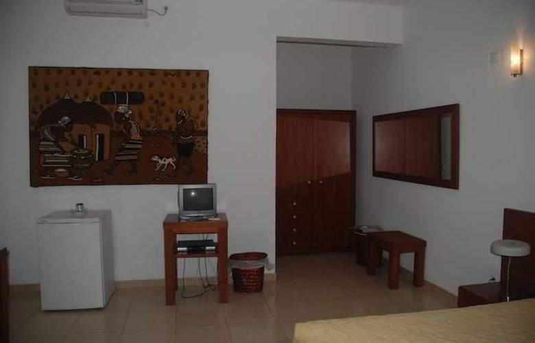 Coimbra & Spa - Room - 5