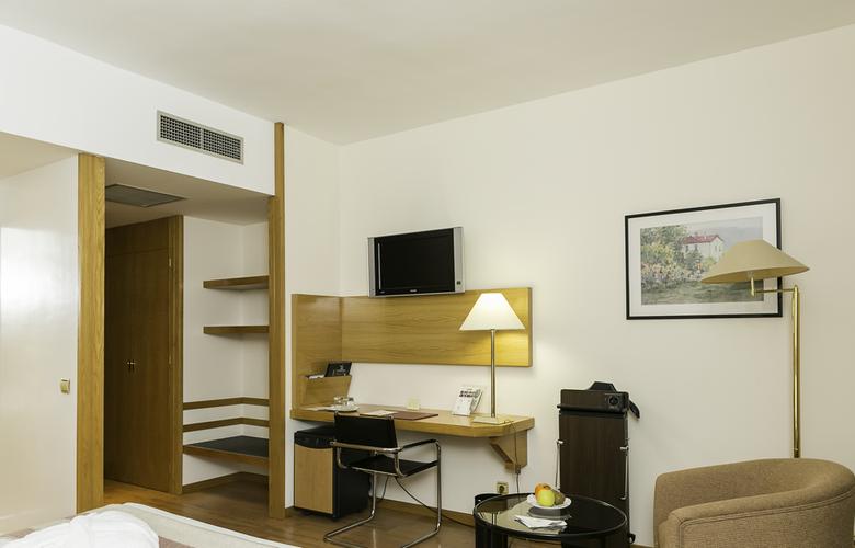 Vegas Altas - Room - 2