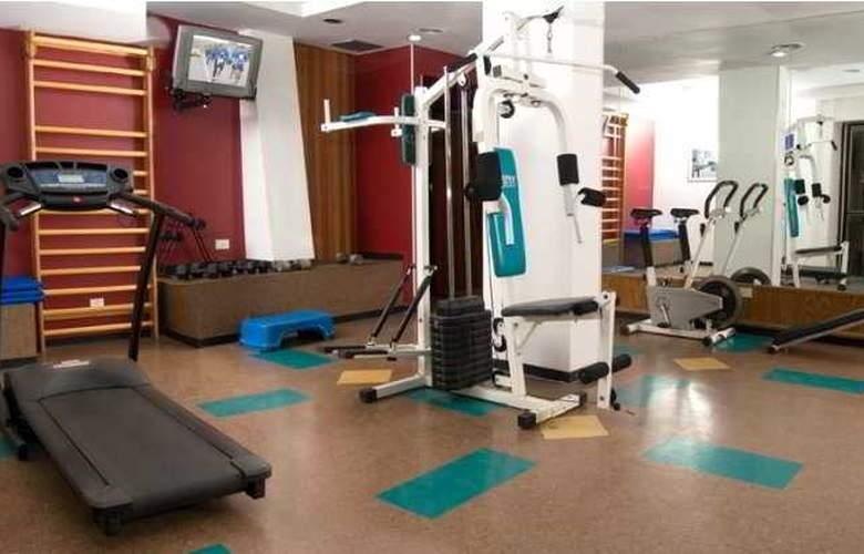 Sarmiento Palace Hotel - Sport - 4