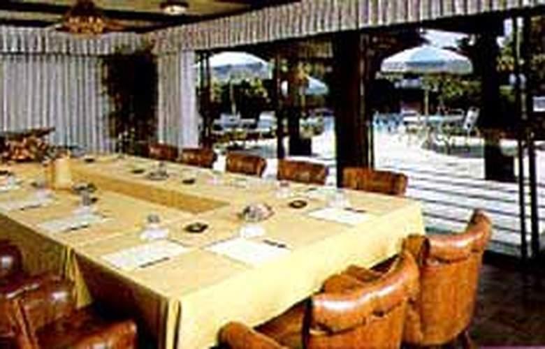 Clarion Carriage House Inn Del Mar Inn - General - 1