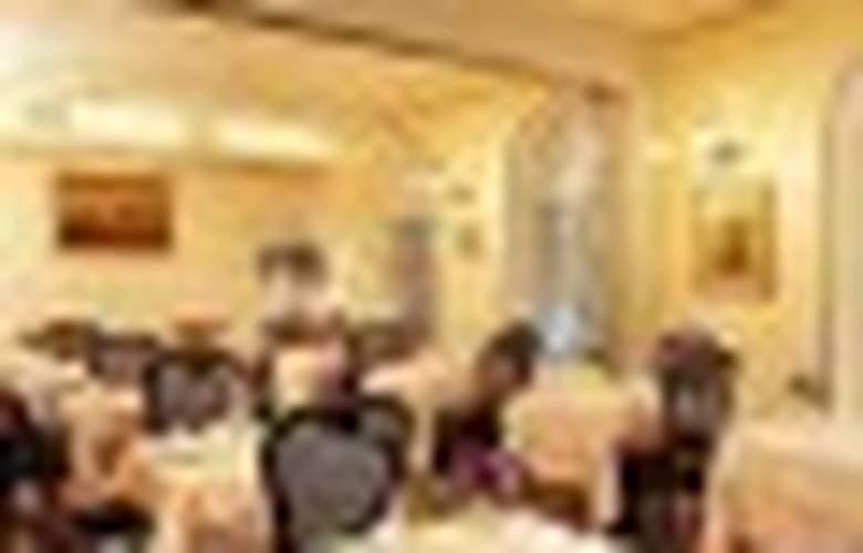 Liberty - Restaurant - 5