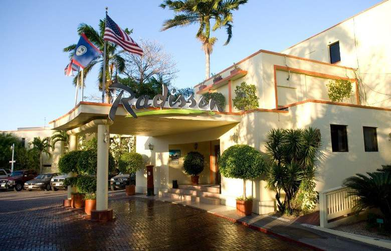 Radisson Fort George Hotel & Marina - Hotel - 0