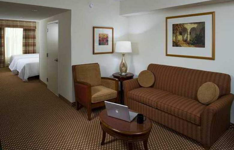 Hilton Garden Inn Frisco - Hotel - 13