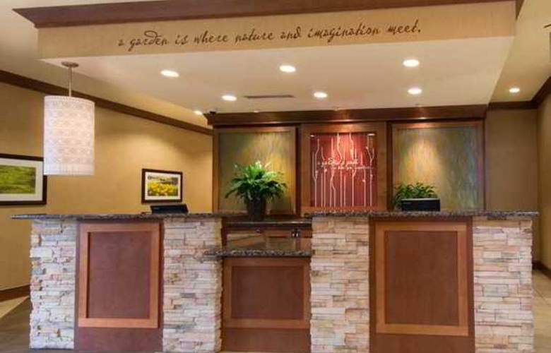 Hilton Garden Inn Milwaukee Airport - Hotel - 0