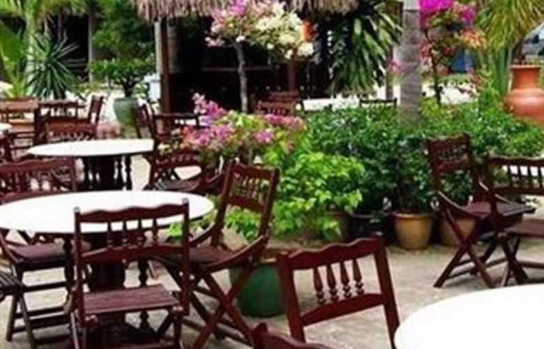 Rasa Eksotika Vacation Home - Restaurant - 2