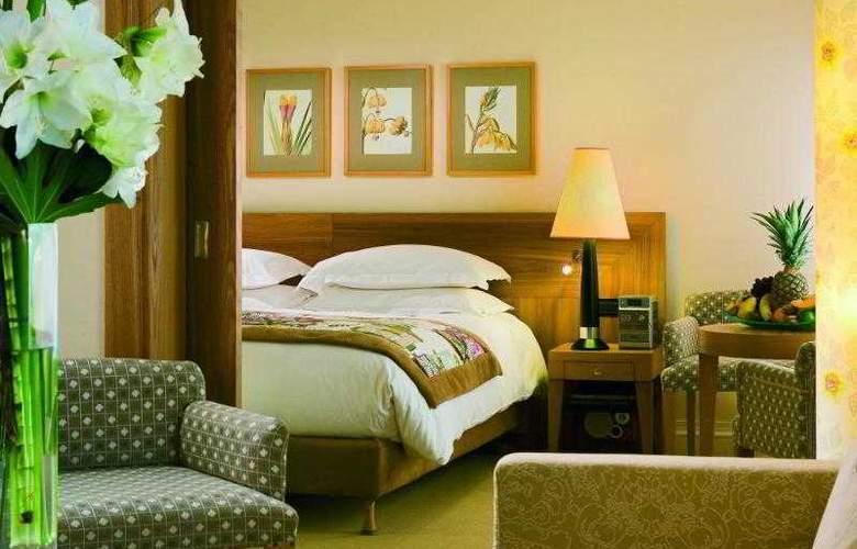 Sofitel Biarritz le Miramar Thalassa Sea & Spa - Hotel - 8