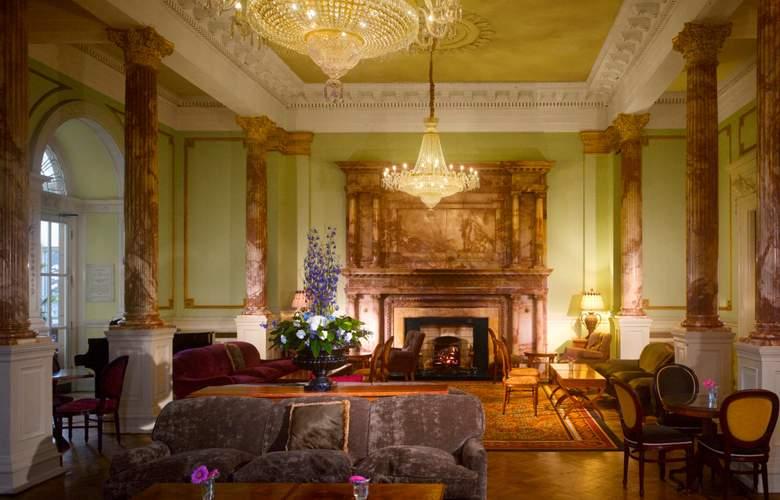 Radisson Blu St. Helen's Hotel Dublin - General - 10