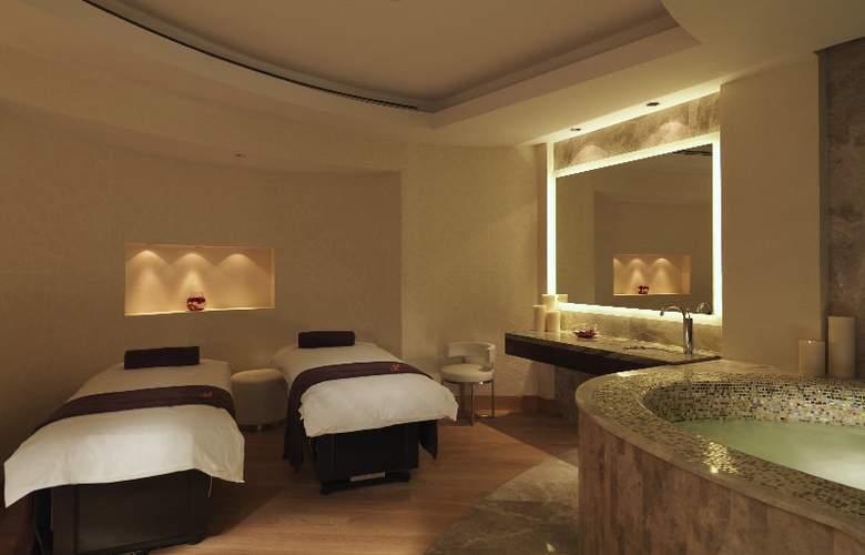 Hilton Capital Grand Abu Dhabi - Sport - 28