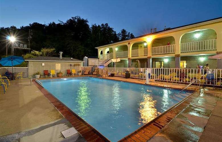 Best Western Corbin Inn - Pool - 126