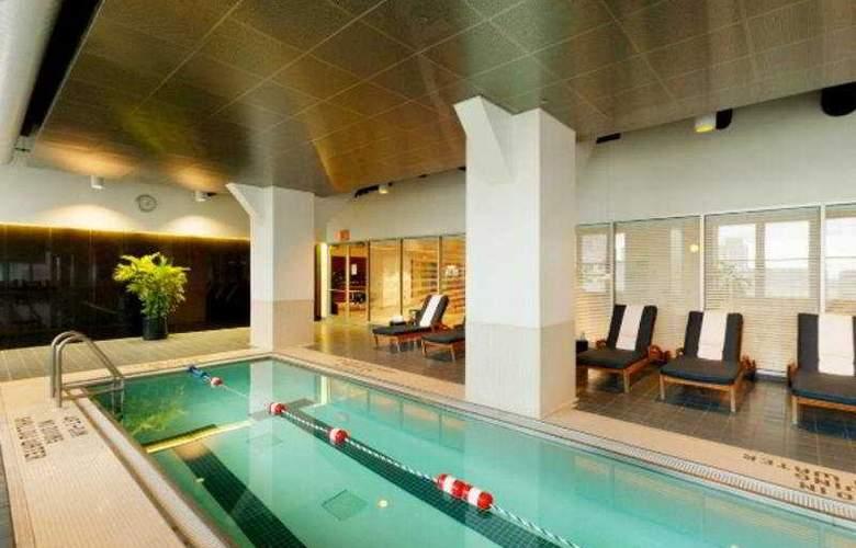 Loews Philadelphia - Pool - 3