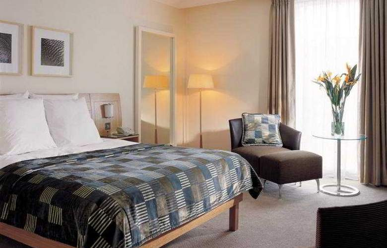 Hilton London Gatwick Airport - Room - 5