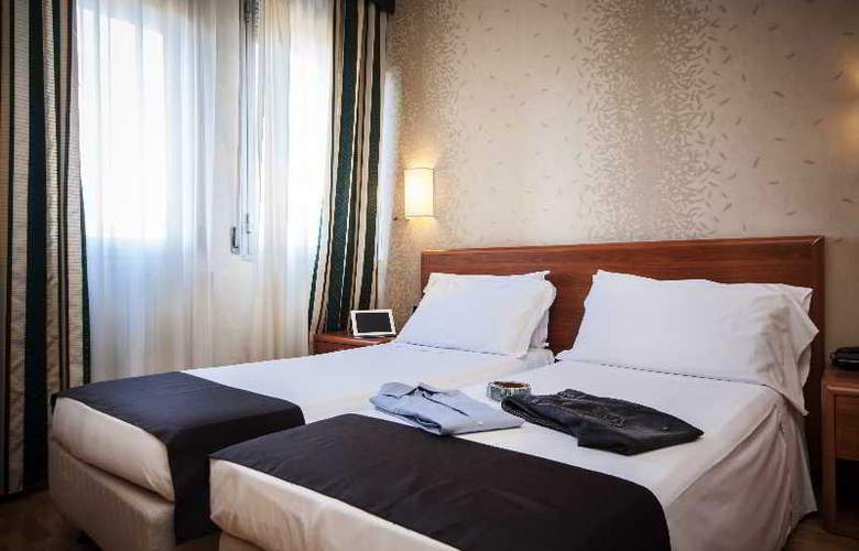 Executive Suite - Room - 2