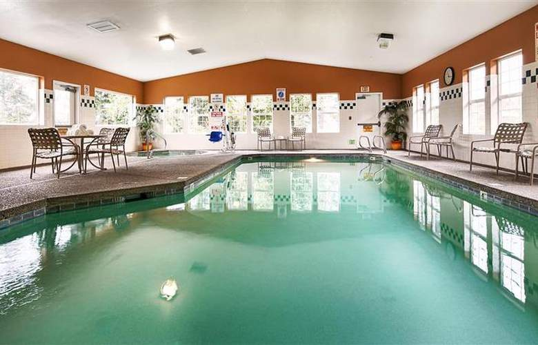 Best Western Plus Columbia River Inn - Pool - 46