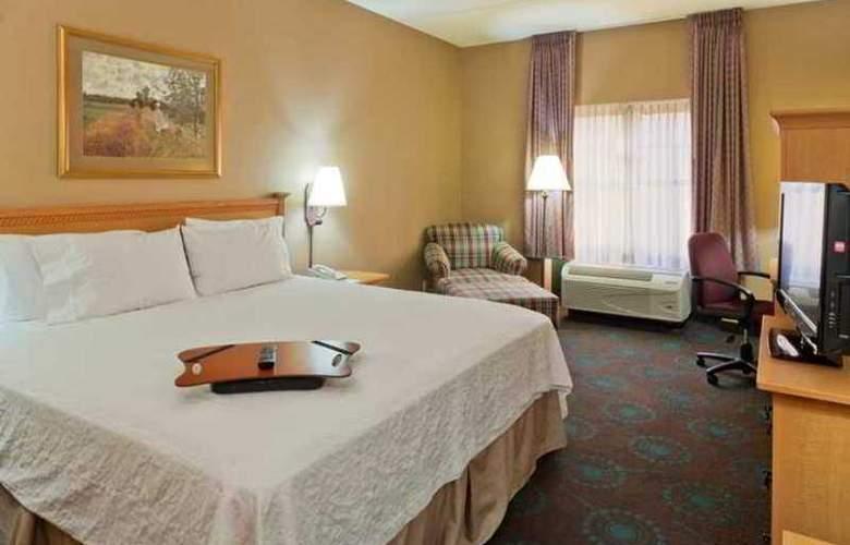 Hampton Inn & Suites Phoenix Goodyear - Hotel - 3