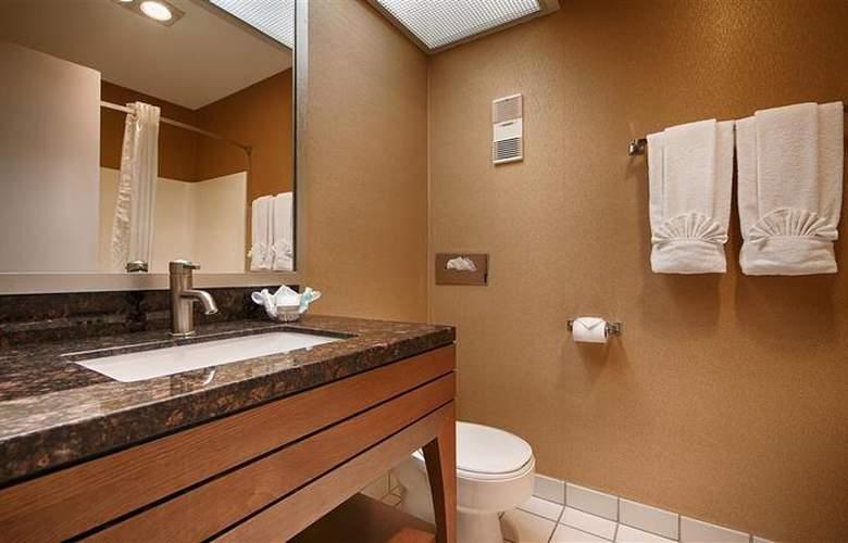 Best Western Inn at Palm Springs - Pool - 4