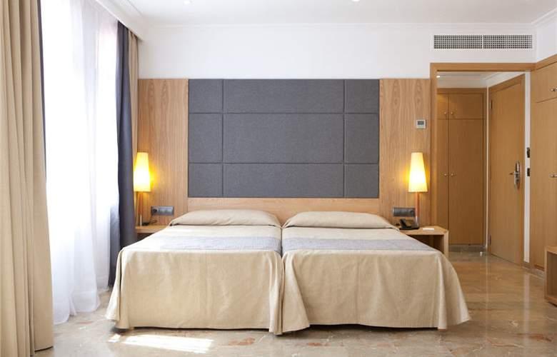Armadams - Room - 26