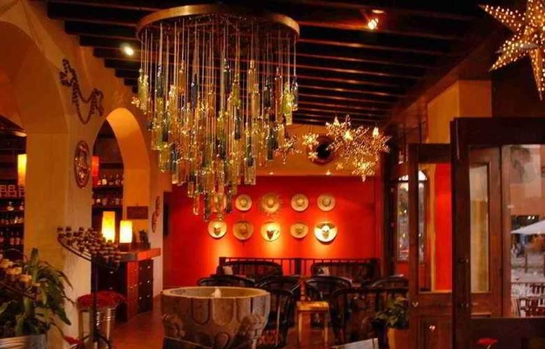 Marina Fiesta Resort & Spa All Inclusive - Restaurant - 5