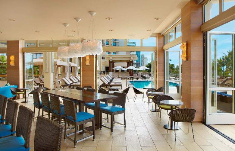 Hyatt Regency Waikiki Beach Resort & Spa - Restaurant - 33