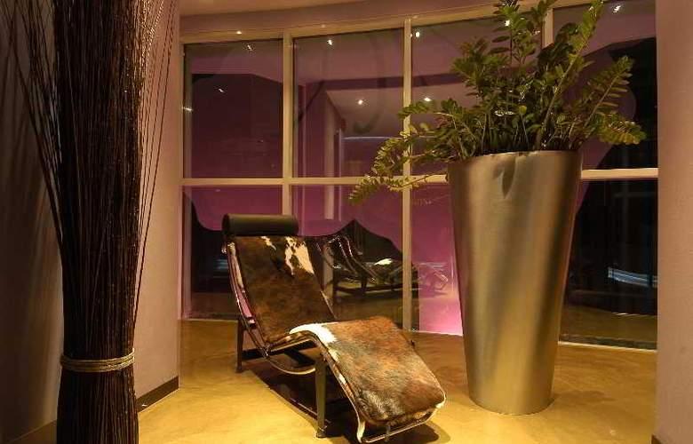 Les Fleurs Boutique Hotel - Hotel - 5