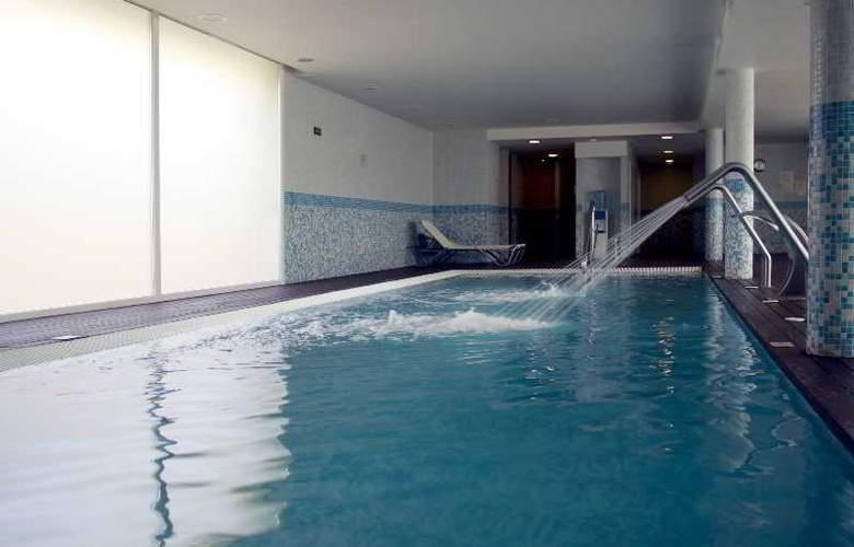 Port Ciutadella - Pool - 16