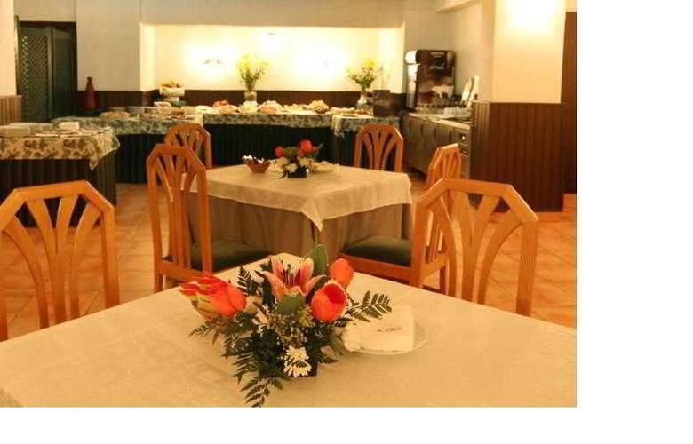 Hotel Alcantara (Antes Husa) - Restaurant - 19