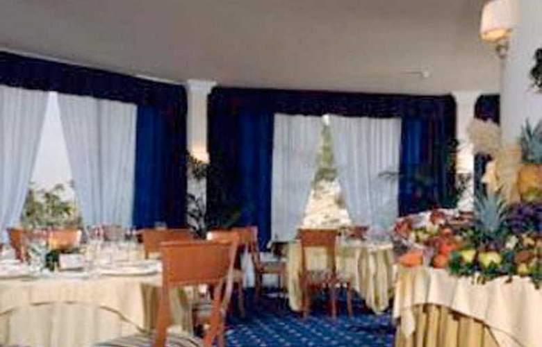 NH Villa San Mauro - Restaurant - 8