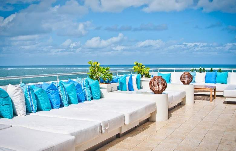 San Juan Water & Beach Club Hotel - Terrace - 3