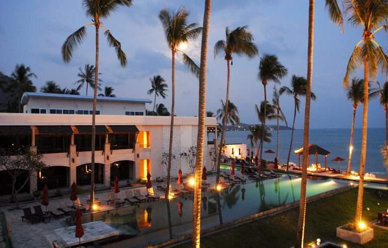 Weekender Resort - Pool - 27