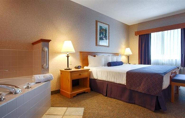 Best Western Plus Executive Court Inn - Pool - 96
