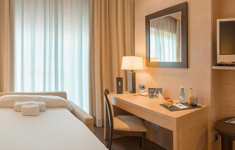 Sh Valencia Palace - Room - 14