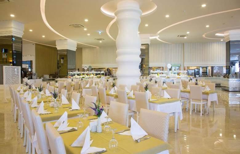 Water Side Delux Resort - Restaurant - 81