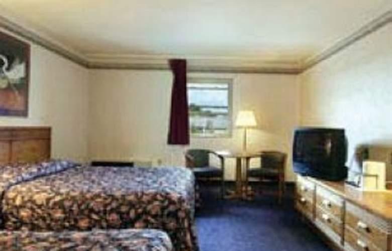 Howard Johnson Inn - Room - 3