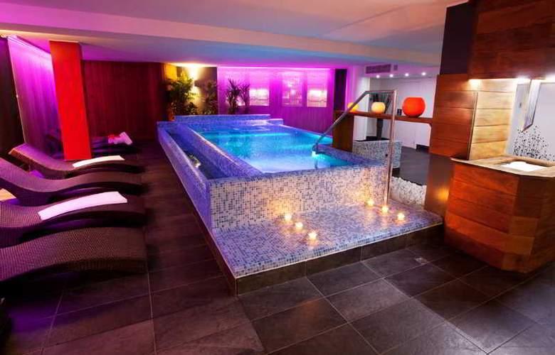 Acta Arthotel Andorra - Pool - 4