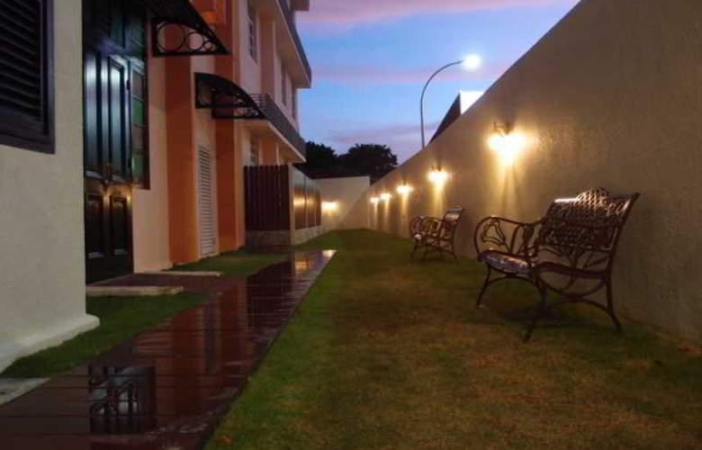 G-Inn - Terrace - 12