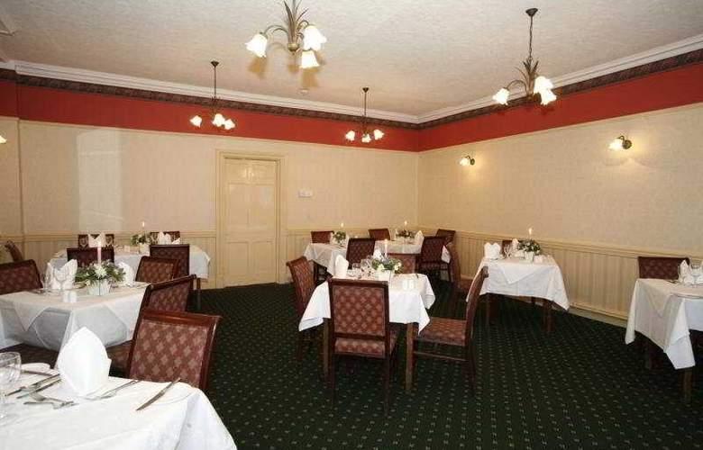 The Royal Victoria Hotel Snowdonia - Restaurant - 6