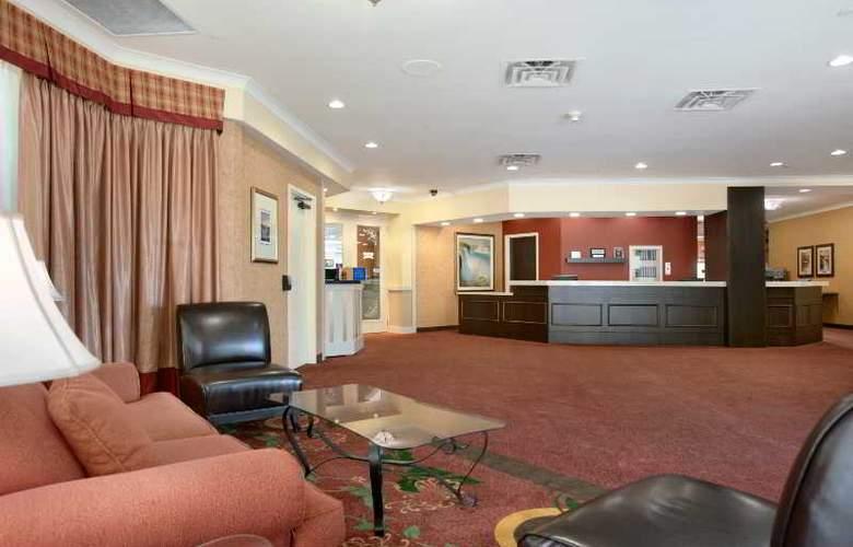 Ramada Hotel Niagara Falls - General - 1