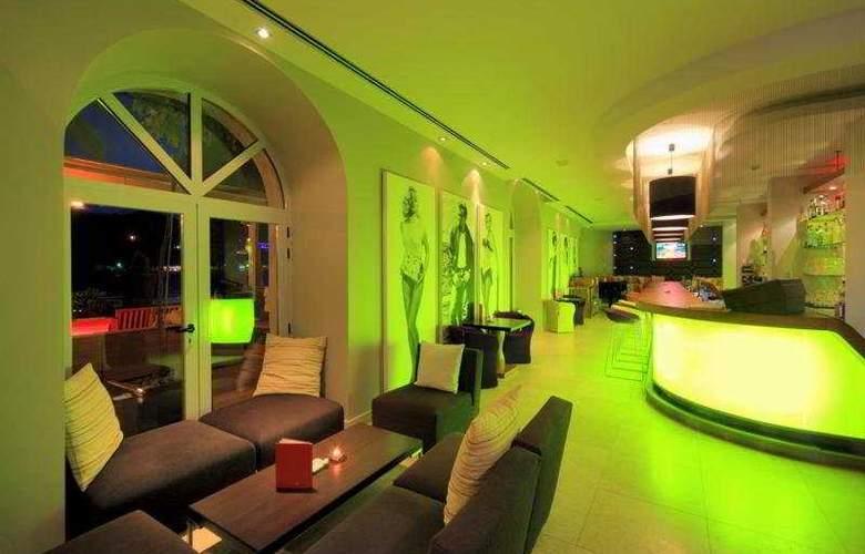 Riva, Hvar yacht harbour Hotel - Bar - 6