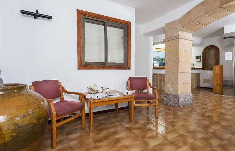 Hostal Casa Bauza - Hotel - 1