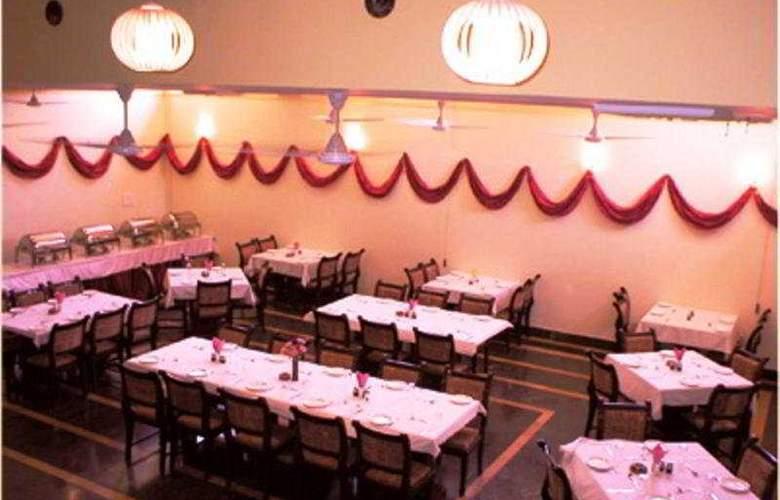 Mahadev Palace - Restaurant - 7