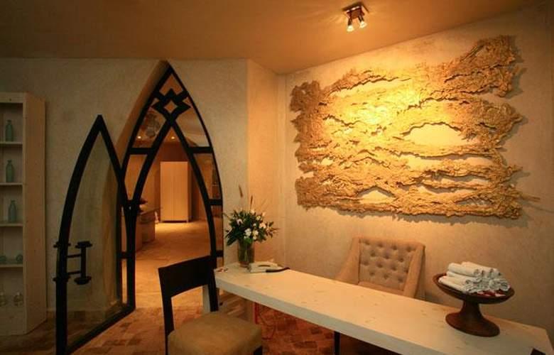 Rose Garden Resort And Spa - Hotel - 3