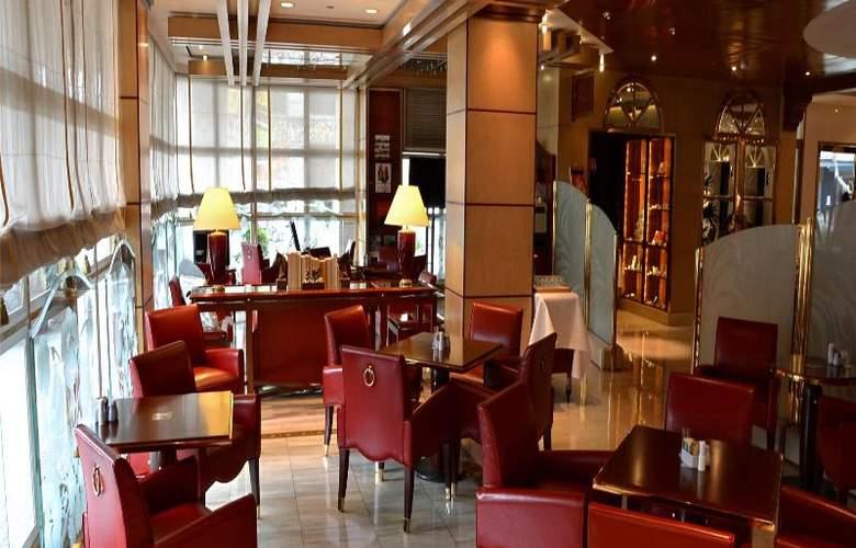 The Riviera Hotel - Restaurant - 29