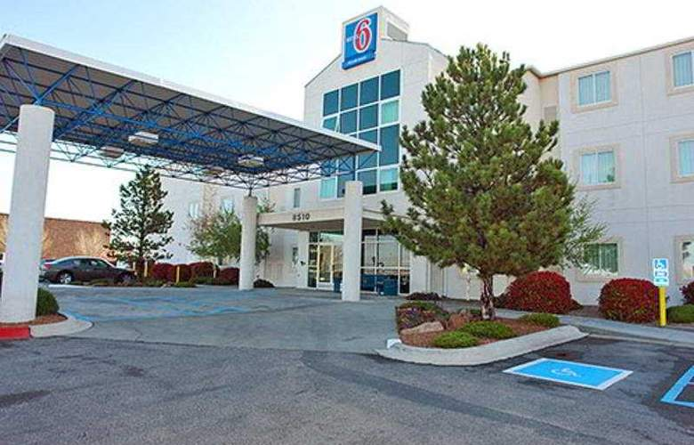 Motel 6 Albuquerque North - General - 1