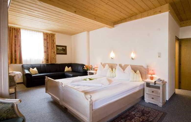 Gisela Hotel - Room - 2