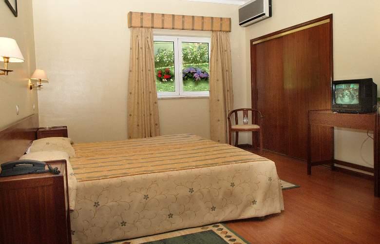 Belsol Hotel - Room - 9
