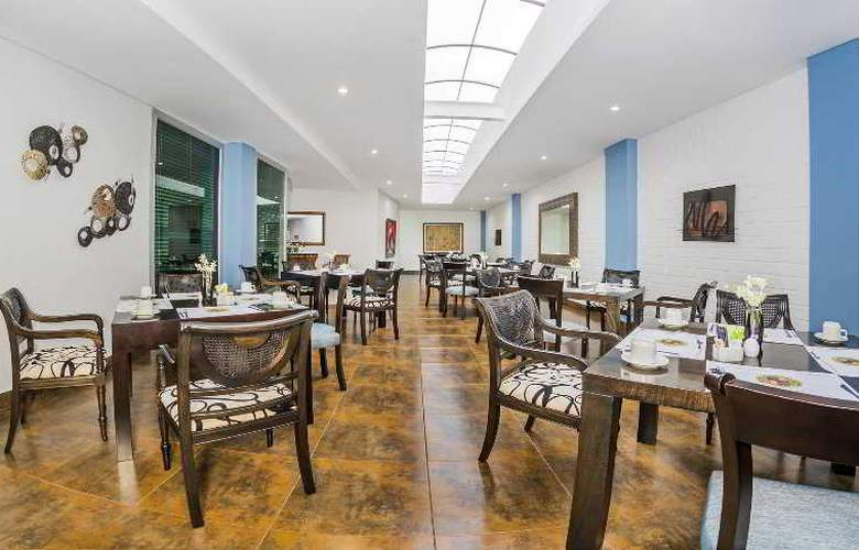 Egina Medellin - Restaurant - 40